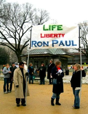 Banner proclaims, 'Life/Liberty/RonPaul'